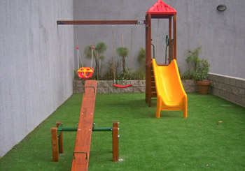 Espacio futuro juegos integrados hamacas toboganes for Calesitas de jardin